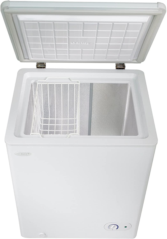 Danby DCF038A2WDB-3 3.8 Cu.Ft. Garage Ready Chest Freezer Specs