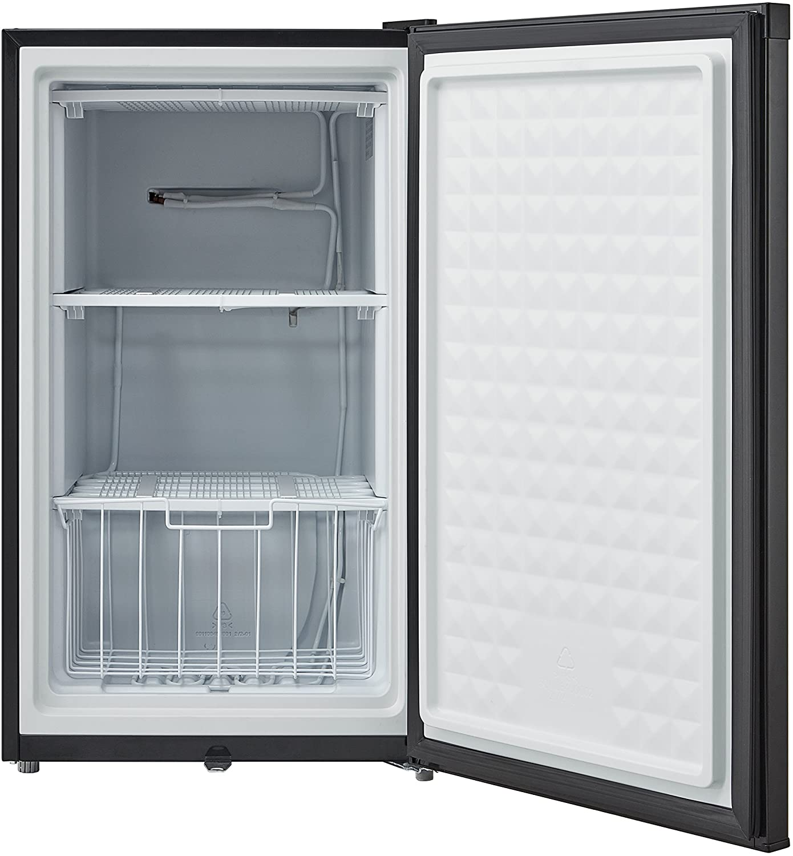Whynter CUF-301SS Upright Freezer, 3.0 Cu. Ft. Specs