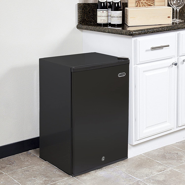 Whynter CUF-301SS Upright Freezer, 3.0 Cu. Ft.